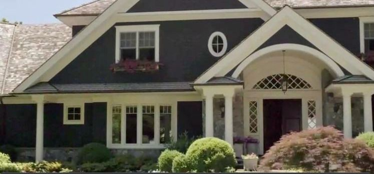 The Affair in-laws house