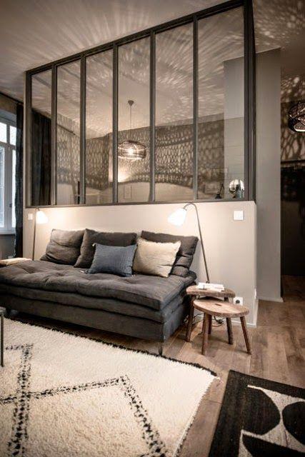 Lyon appartement dhôtes total look gris et bleu encre maison handdéco salonla