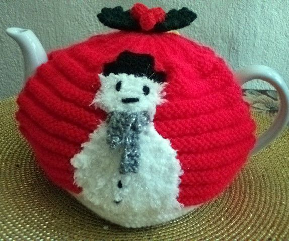 Hand Knitted Christmas Tea Cosy For A 2 Pint Teapot Cosy For
