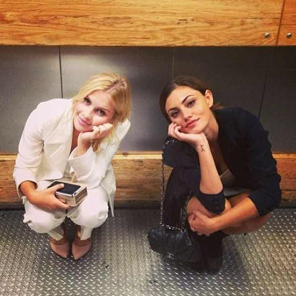 Claire Holt Phoebe Tonkin, 2 absolutely perfect people…..