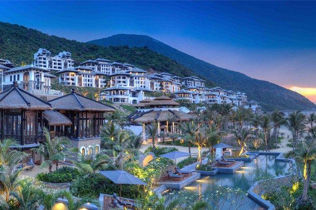Foyer Luxury Zoo : The hot list photo lovers vietnam hotels da nang