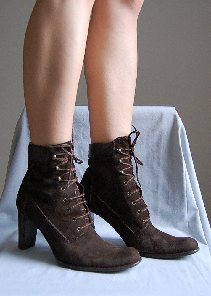The NEO VICTORIAN boot
