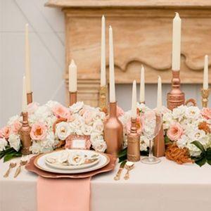 d coration d 39 une table de mariage couleur cuivre. Black Bedroom Furniture Sets. Home Design Ideas