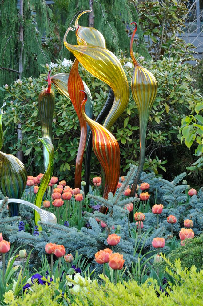 Orchestrating Color And Joy Garden Art Glass Garden Blue Plants