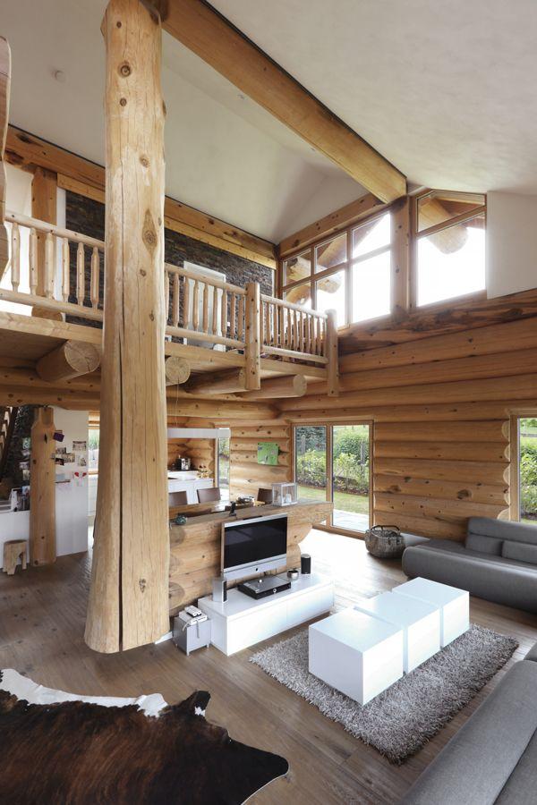 Wohnzimmer Mit Blick Auf Die Galerie Haus Naturstammhaus Altholz Haus