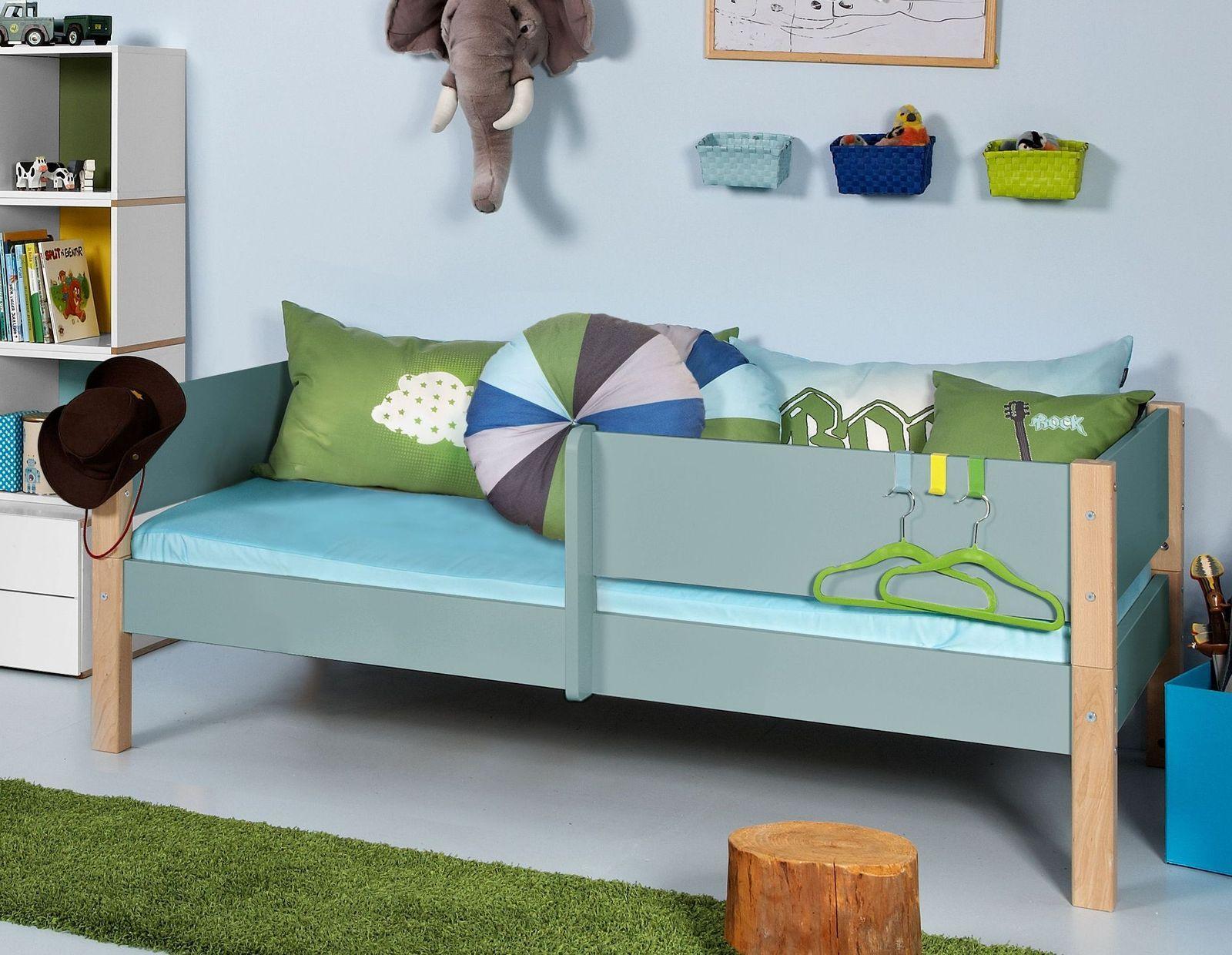 Kinderbett In Vielen Farben Mit Absturzsicherung Kids Town Color Kinder Bett Kinderbett Rausfallschutz Kinderbett