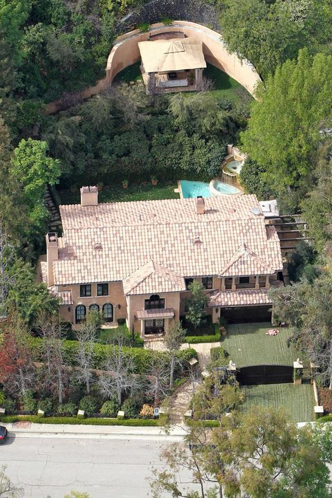 Kim Kardashian S Hollywood Dream House Celebrityhomes Losangeles