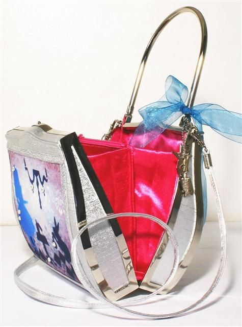 Handbags - Helen Rochfort Collectables of the future http://www.prettypinktoes.co.uk/Pages/HandbagsHelenRochfort.aspx#
