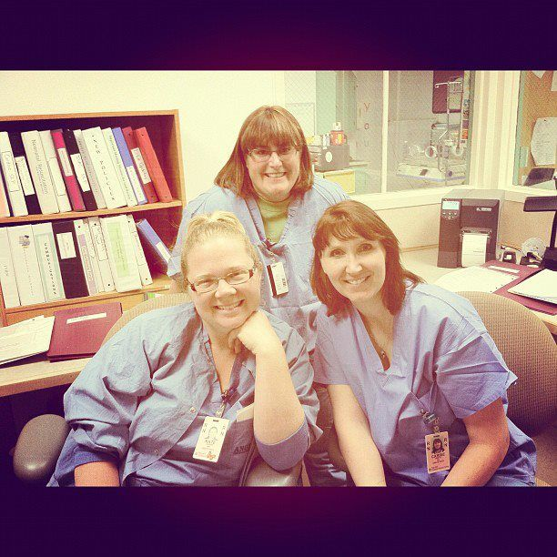 580422_3239037328533_335417052_n.jpg 612×612 pixels  Love my work as an OB nurse and my friends at work!