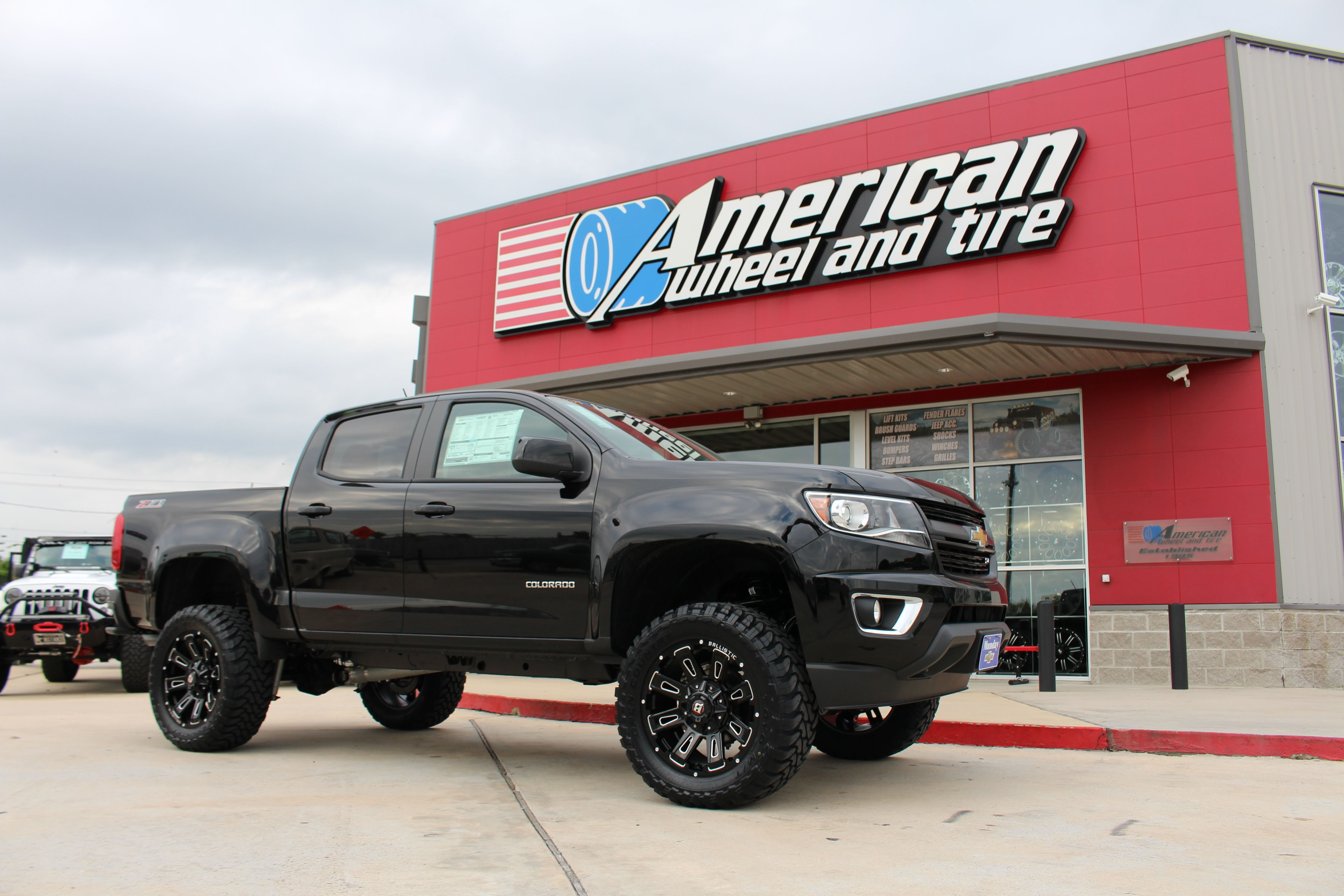 Pin By Deeannagail On Truck Mods Chevy Colorado Chevy Colorado Lifted Chevrolet Colorado