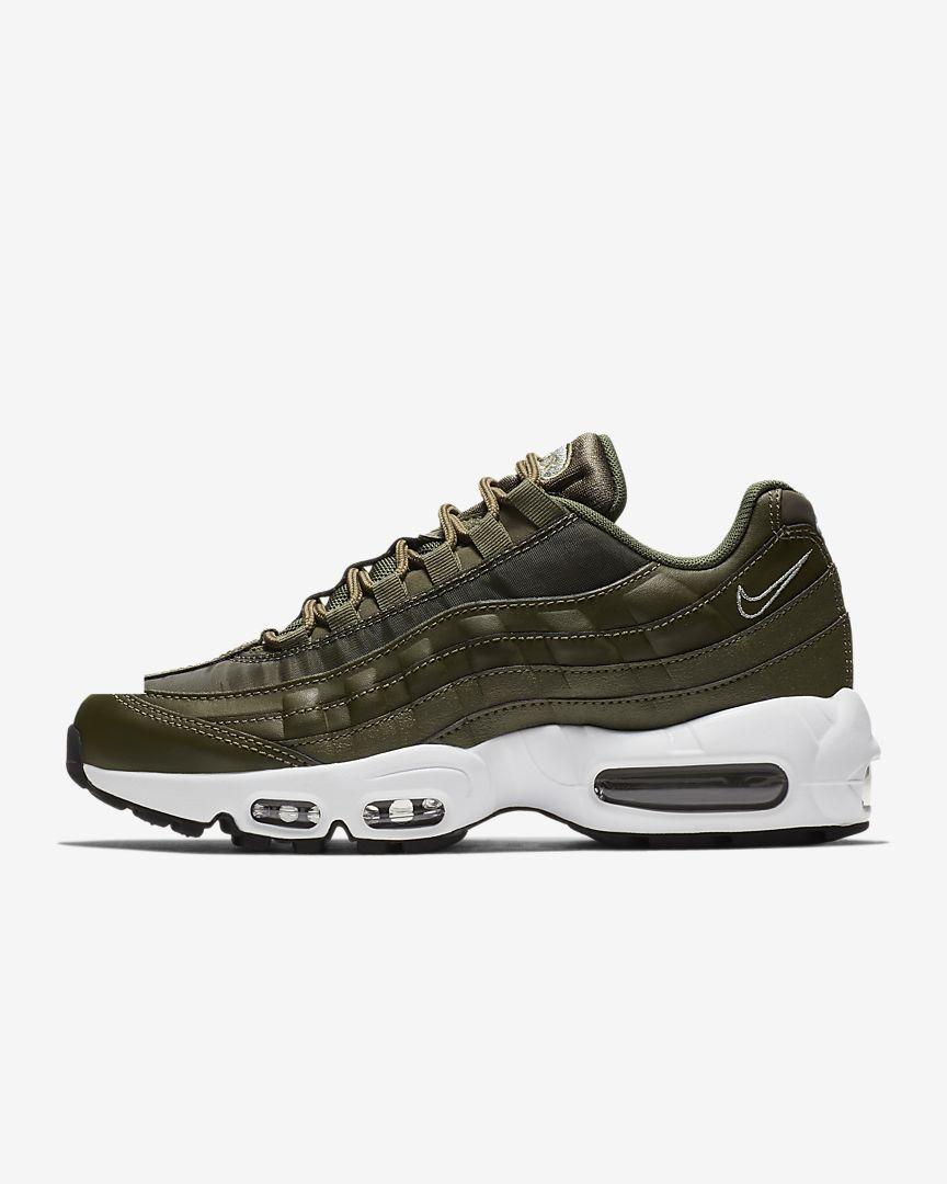 c688137a32 Air Max 95 Women's Shoe in 2019 | shoesies | Nike air max, Air max ...