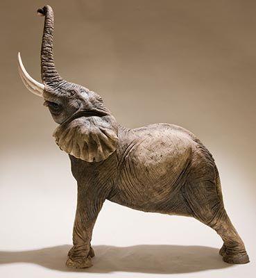 Bronze Elephant Ornament Statue Figurine Safari Sculpture Small Gift Decor 07012