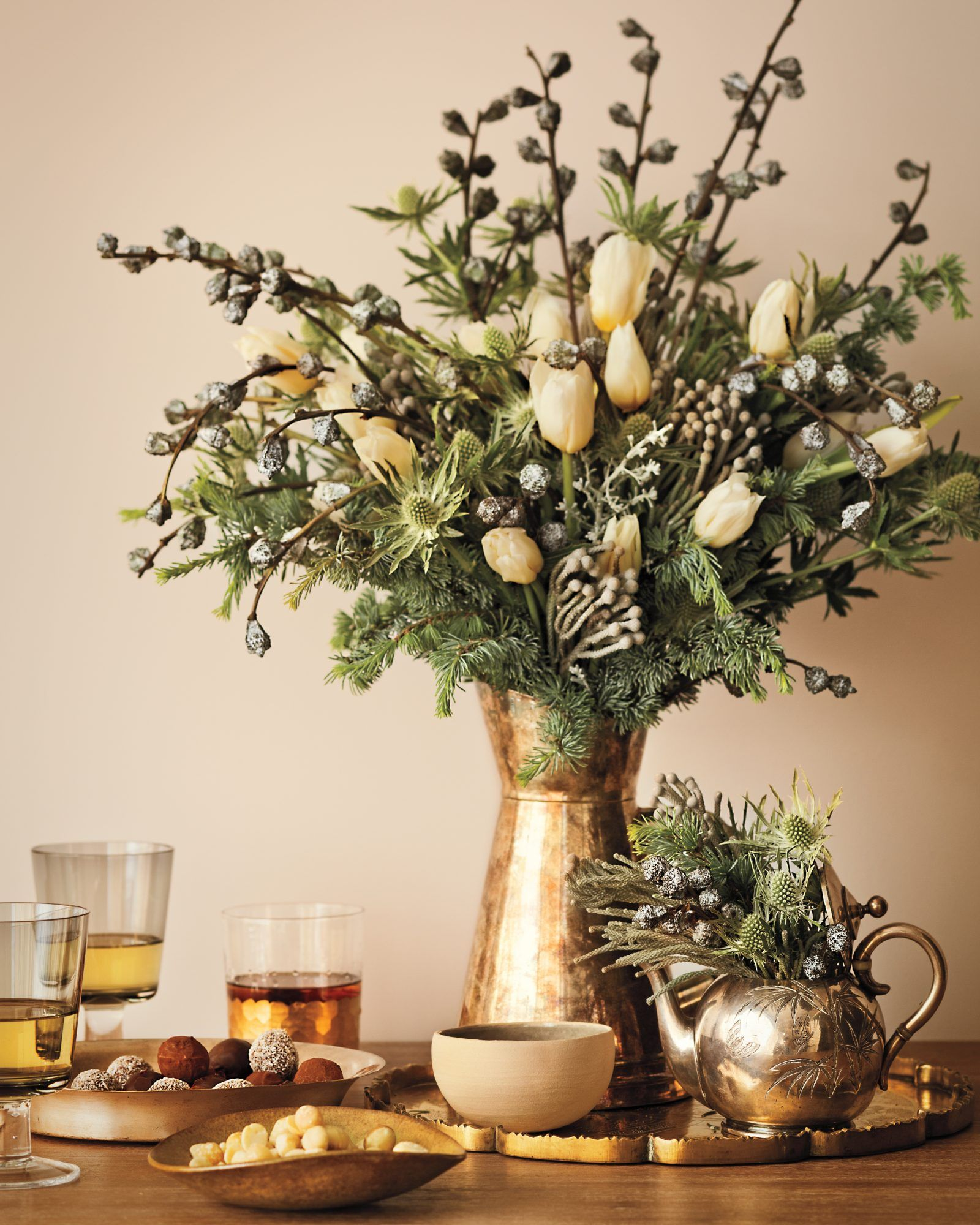 HOLIDAY GREENERY 101 HOW TO DECORATE WITH IT AND KEEP IT