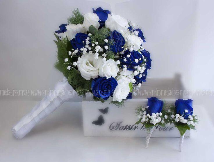 image result for ramos de novias blancos con azul | vestido y ramo