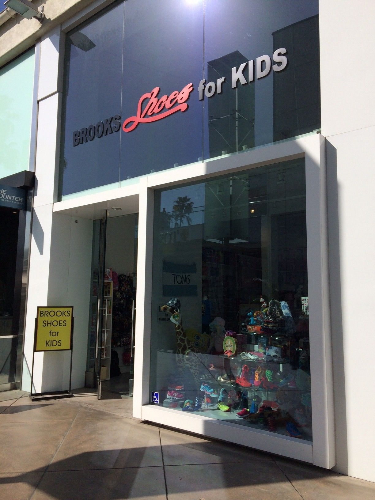 Brooks Shoes for Kids, a family owned