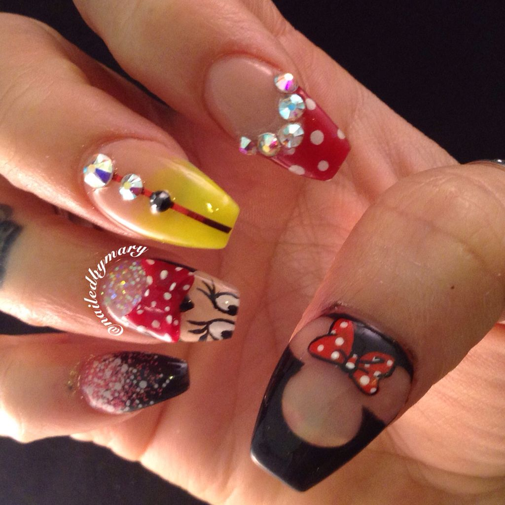 Disney Minnie Mouse coffin nails | Mickey Mouse | Pinterest | Uñas ...