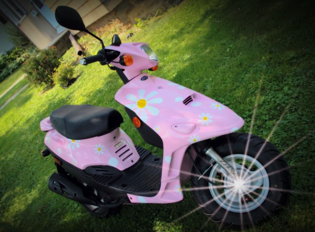 Funky daisy flower scooter stickers by hippy motors http www hippymotors