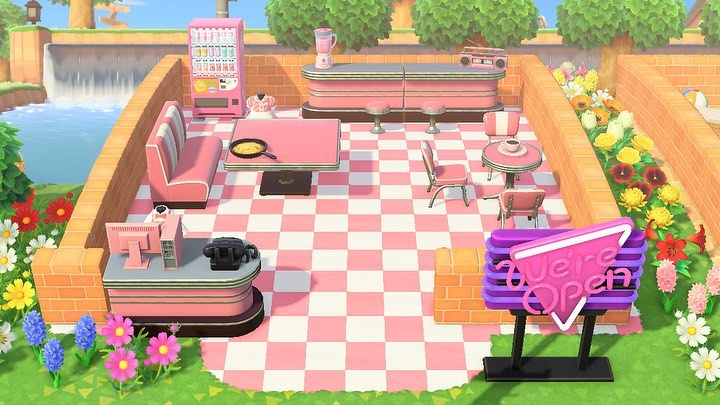 "𝗥𝗛𝗢𝗫𝗘𝗧𝗧𝗘 🌱 su Instagram ""My new & improved diner! I added"