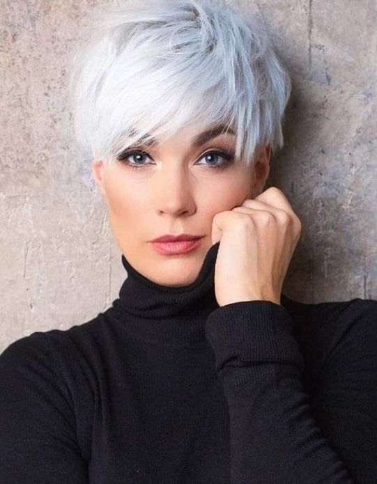 Fascinating Look of Short Pixie Cut for Beautiful