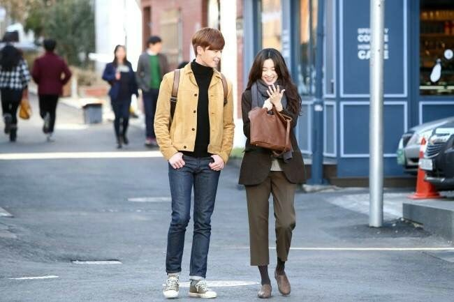 Movie The Beauty Inside -Han Hyo Joo Outfit