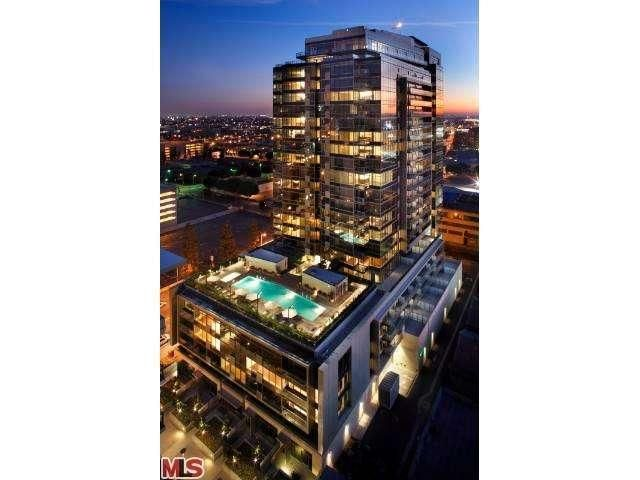 1155 South Grand Avenue #2303, Los Angeles CA -1155 S Grand Ave #2303 Los Angeles, CA 90015 (Downtown) 3 bed,  3 full, 1 partial bath  3,973 sqft  Condo For Sale / Resale $3,725,000