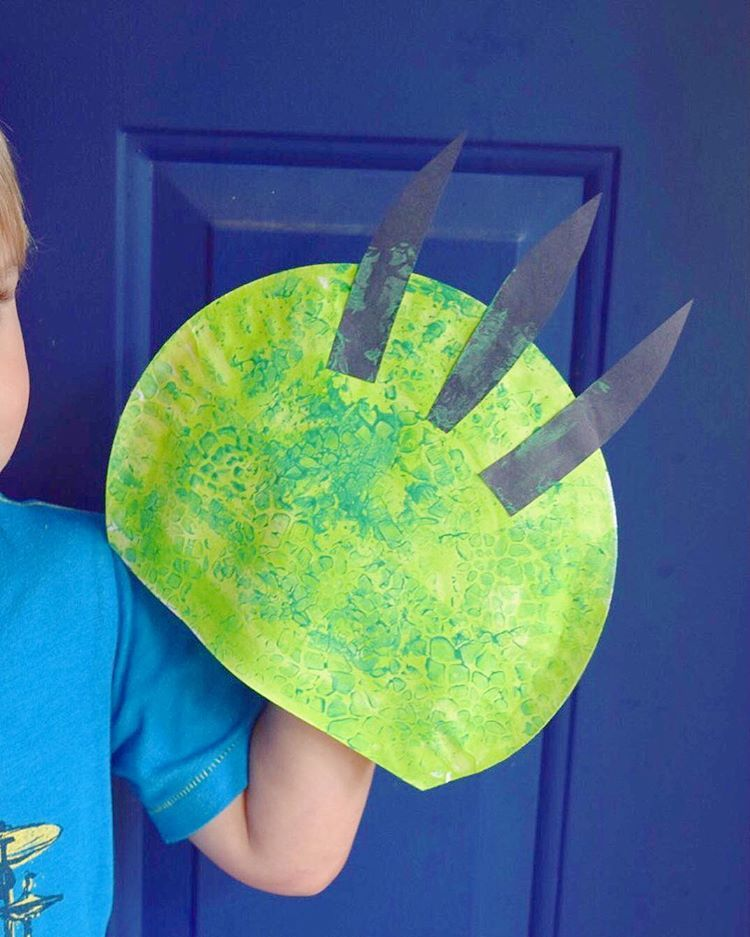 "LEARN THROUGH PLAY on Instagram: ""Paper Plate Dino Claws • Roarrrrrr!"