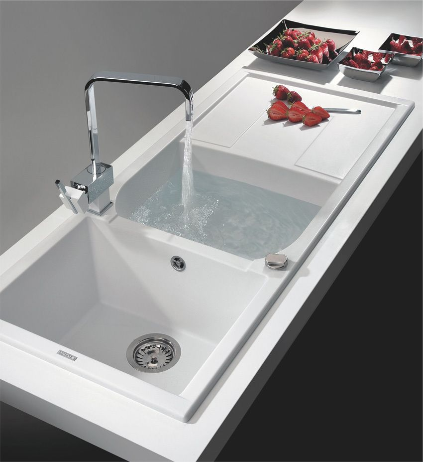 Plados Le Marche: kitchen sinks in compound material