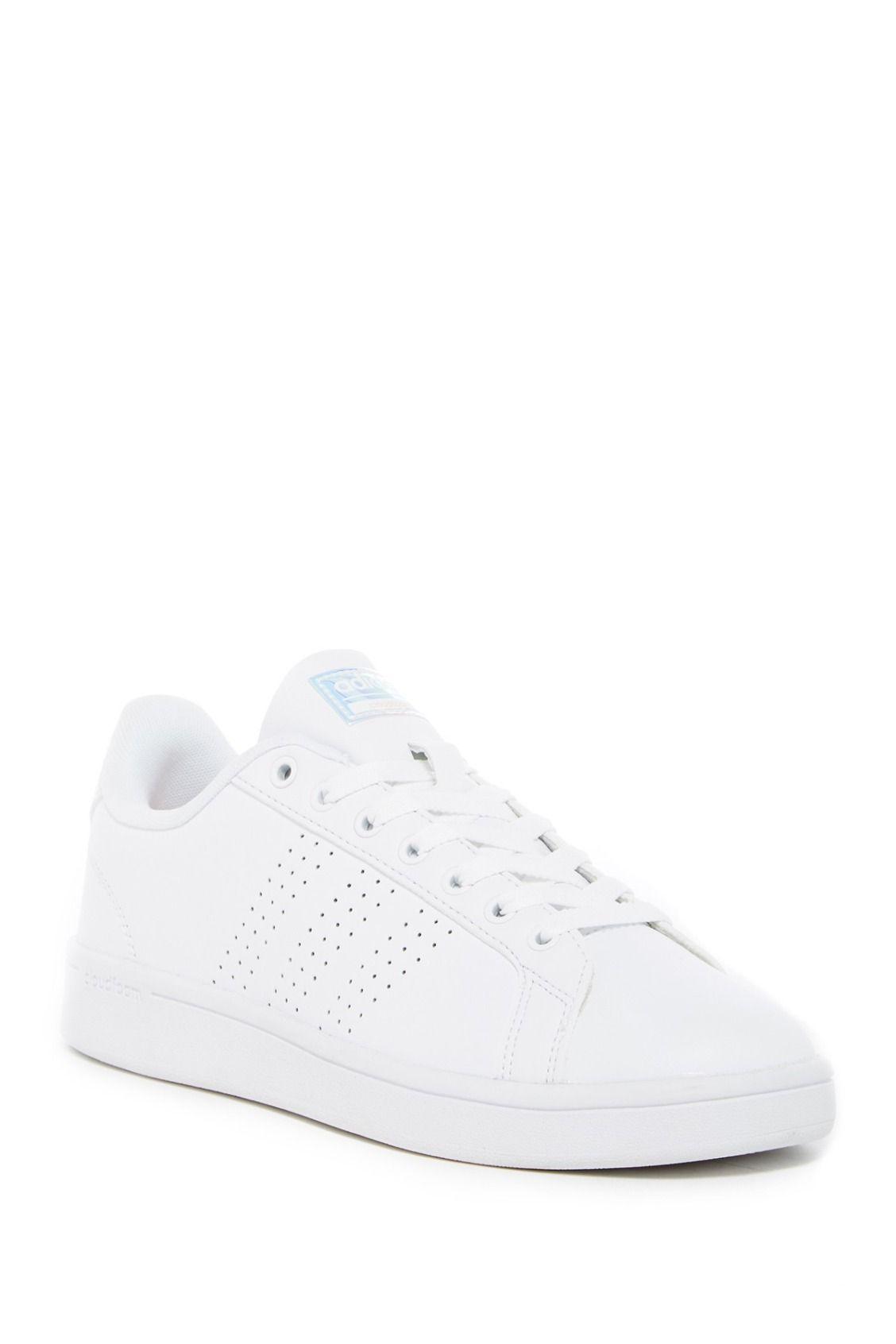 bianco pulito pulito le scarpe adidas cloudfoam vantaggio.