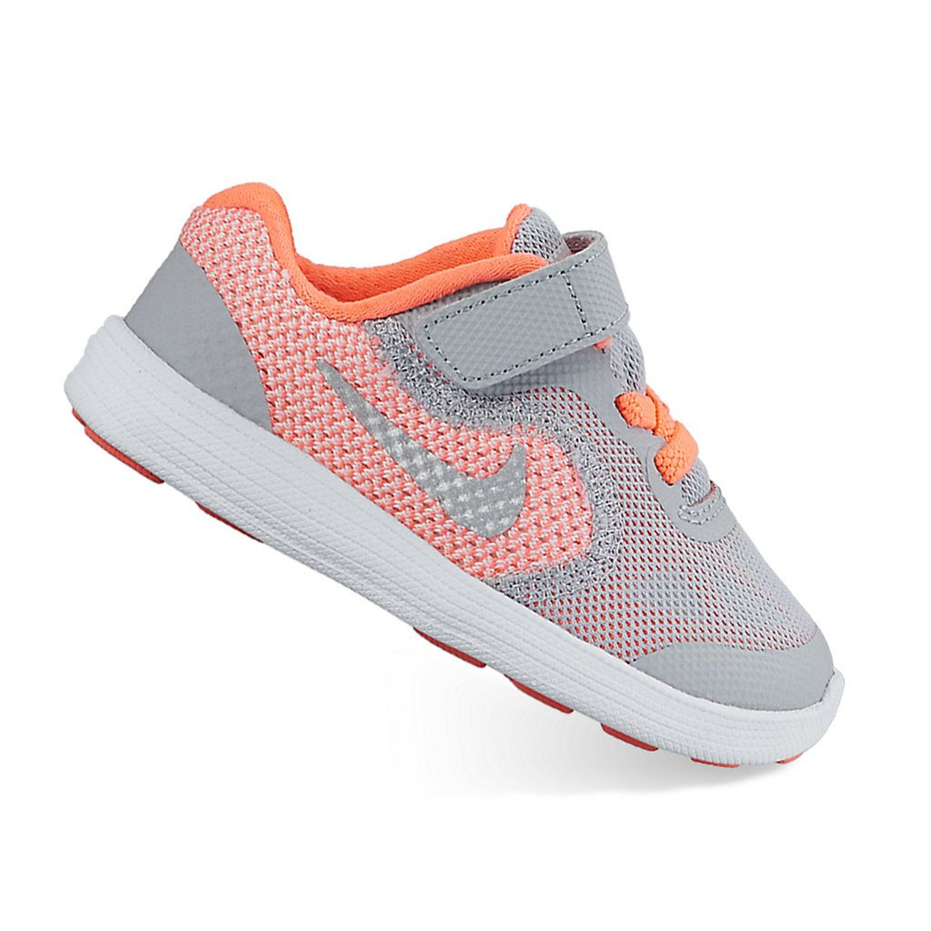 Nike, Athletic shoes, Nike revolution