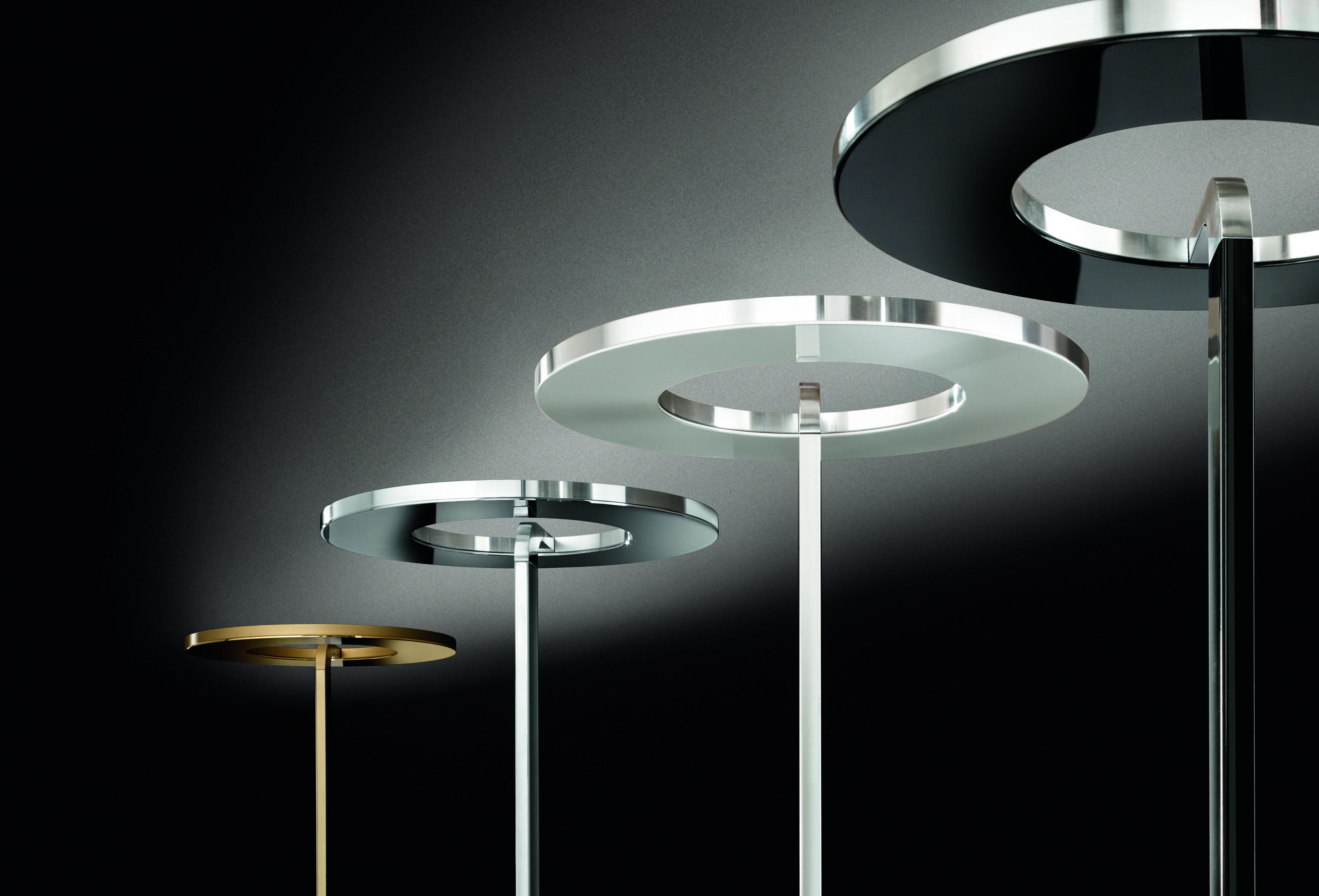 Lampadari E Plafoniere Abbinate : Lampada da terra a sorgente led dimmerabile per un illuminazione