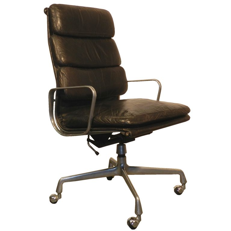 Ray and charles eames desk chair with soft pads 1969 - Charles et ray eames chaise ...
