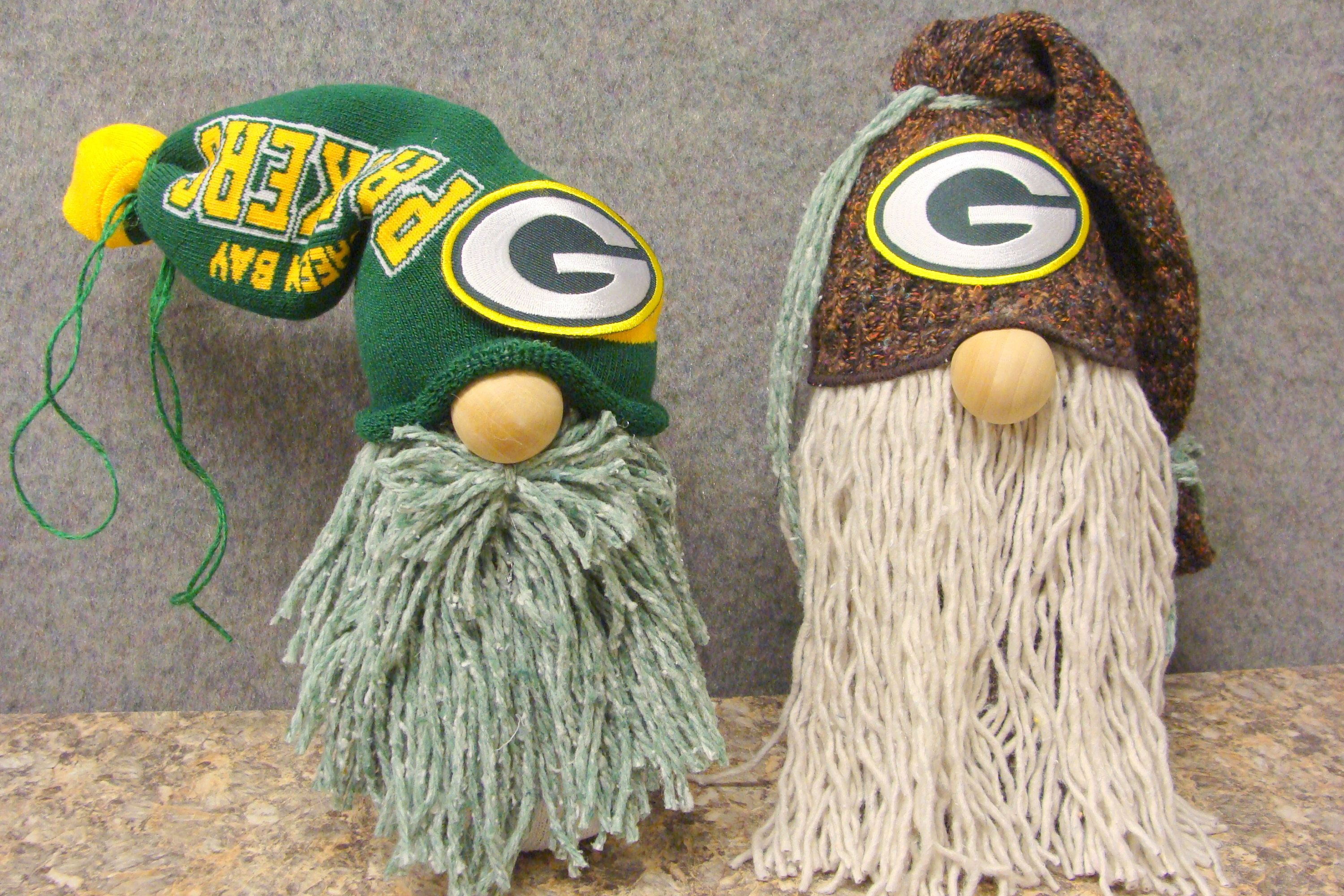 Gnome Green Bay Packers Your Choice In 2020 Yarn Beard Gnomes Green Bay