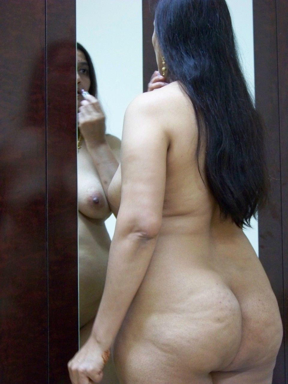 pics big booty indian aunty