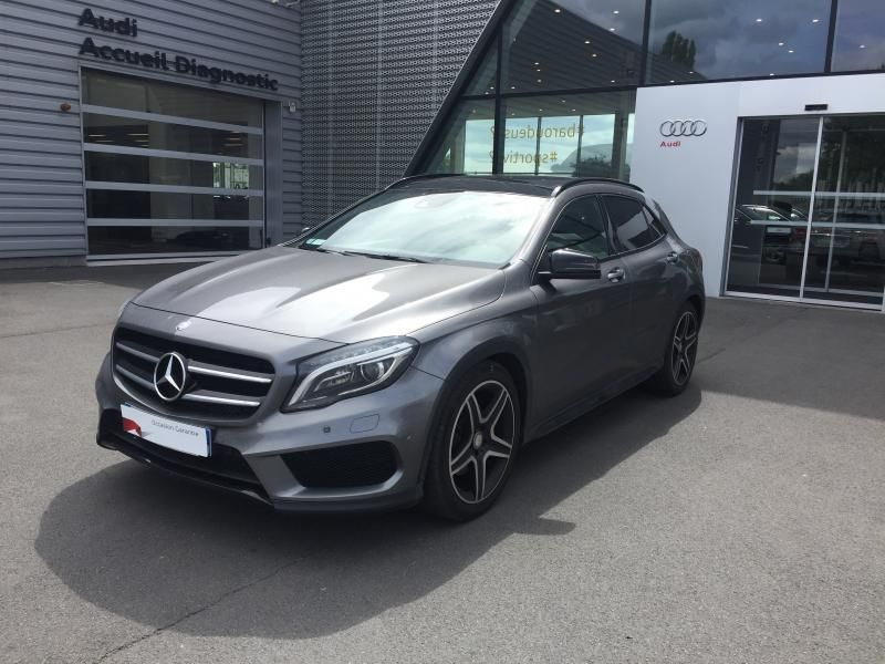 a vendre mercedes gla 220 cdi 4 matic 7g dct sur ma nouvelle auto 64 500 km bo te. Black Bedroom Furniture Sets. Home Design Ideas