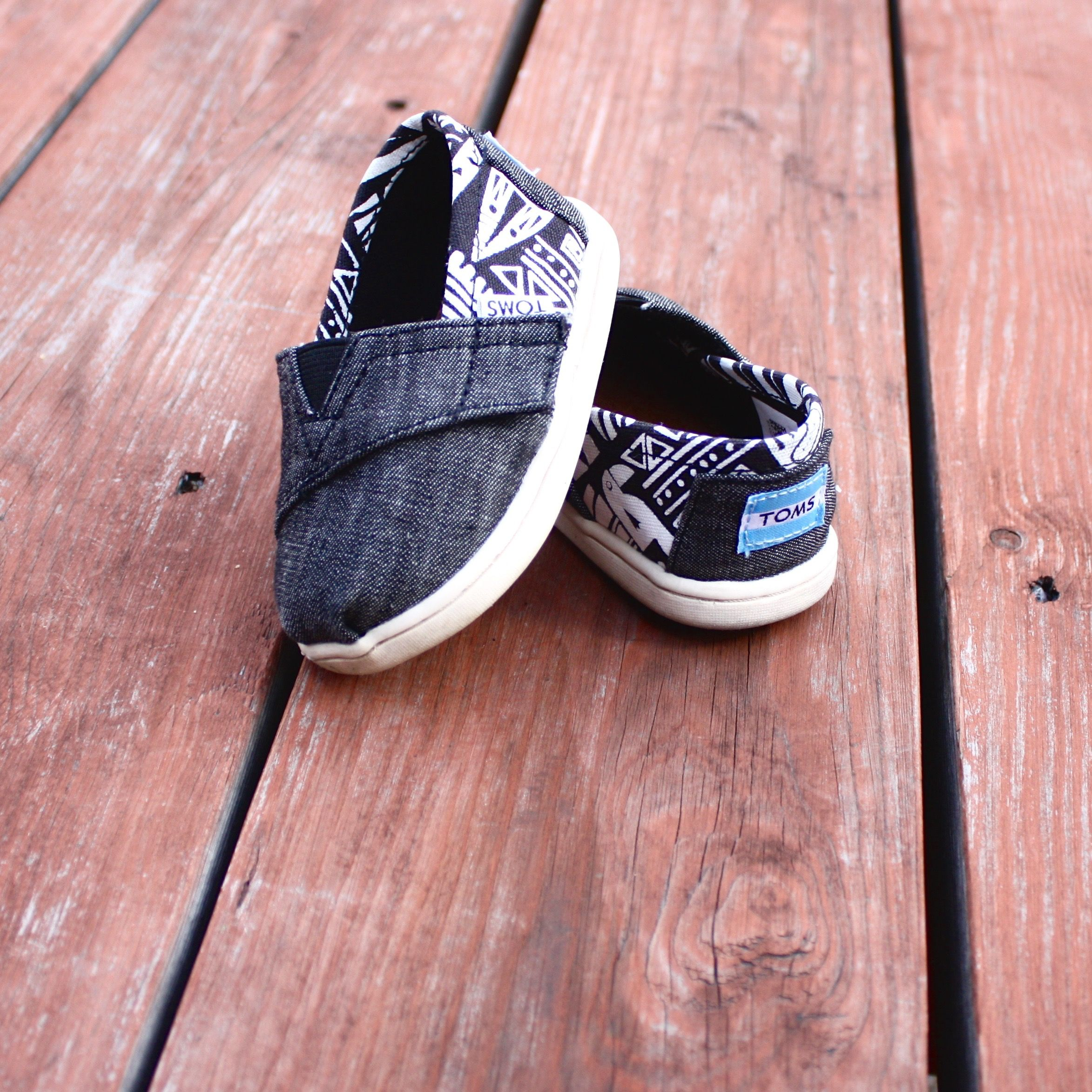 e for e Important first steps tinytoms babytoms toms shoes