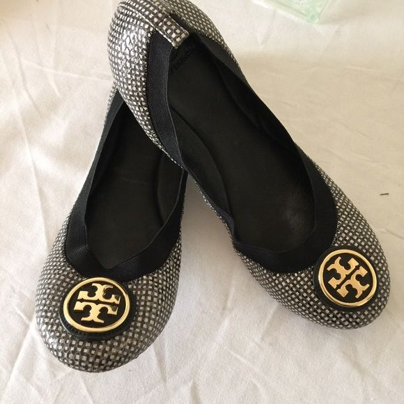 Tory burch, caroline ballet flat, size 10.5 Great design and comfort.  authentic tory