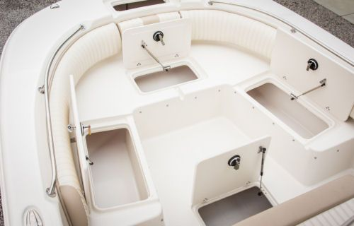 Incredible Carolina Skiff 23 Ultra Elite The Bow Seating Without The Onthecornerstone Fun Painted Chair Ideas Images Onthecornerstoneorg