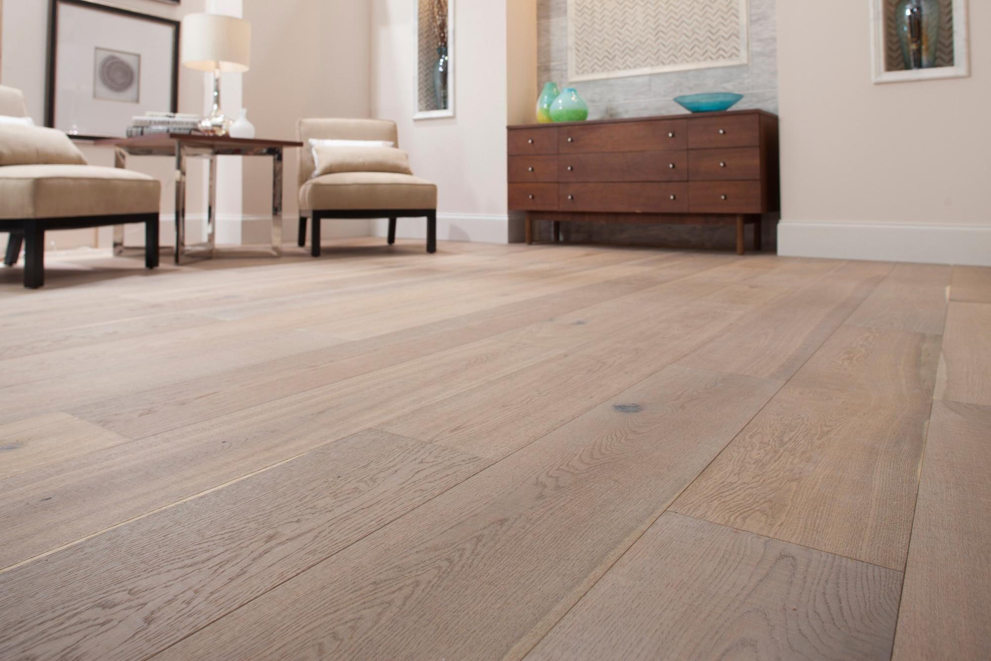 Montpellier Oak Engineered Hardwood Floor Decor Oak Engineered Hardwood Engineered Hardwood Engineered Hardwood Flooring