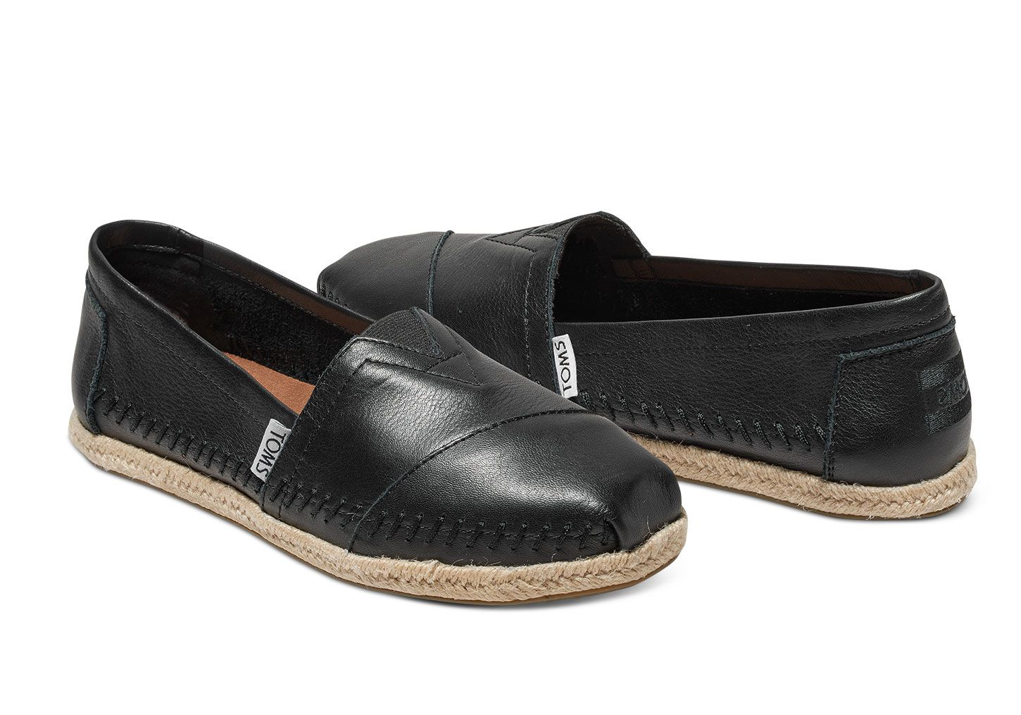 461b673c43d Leather adds an element of sophistication to these Classics. Featuring a  rope sole and more cushioning in the footbed