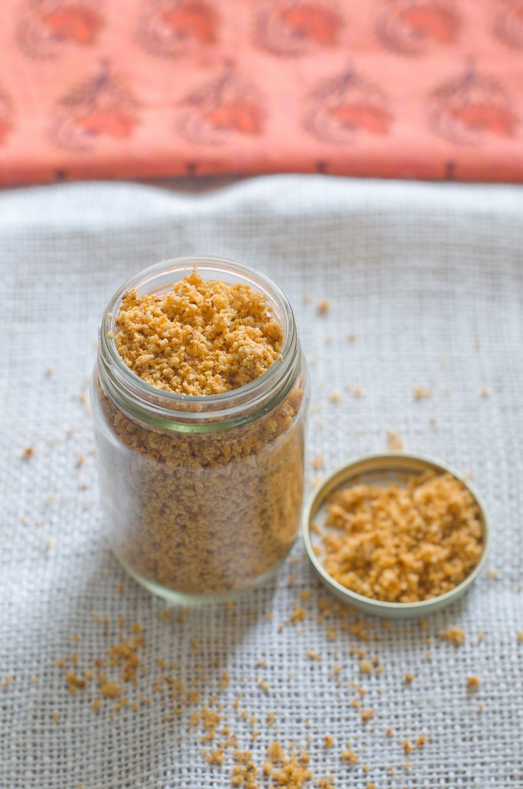 Sesame seeds are high in calcium and have fibers that can