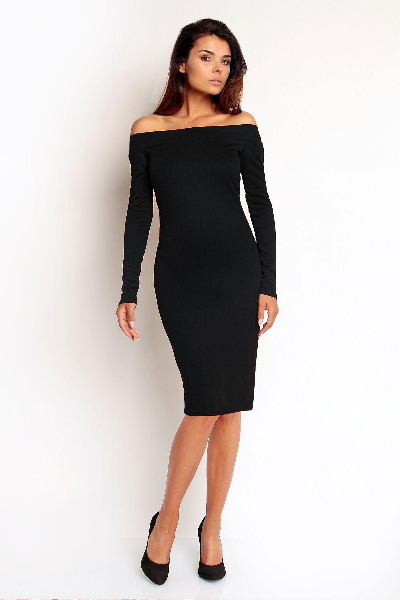 Czarna Dopasowana Sukienka Z Odkrytymi Ramionami Black Knee Length Dress Dresses Fashion