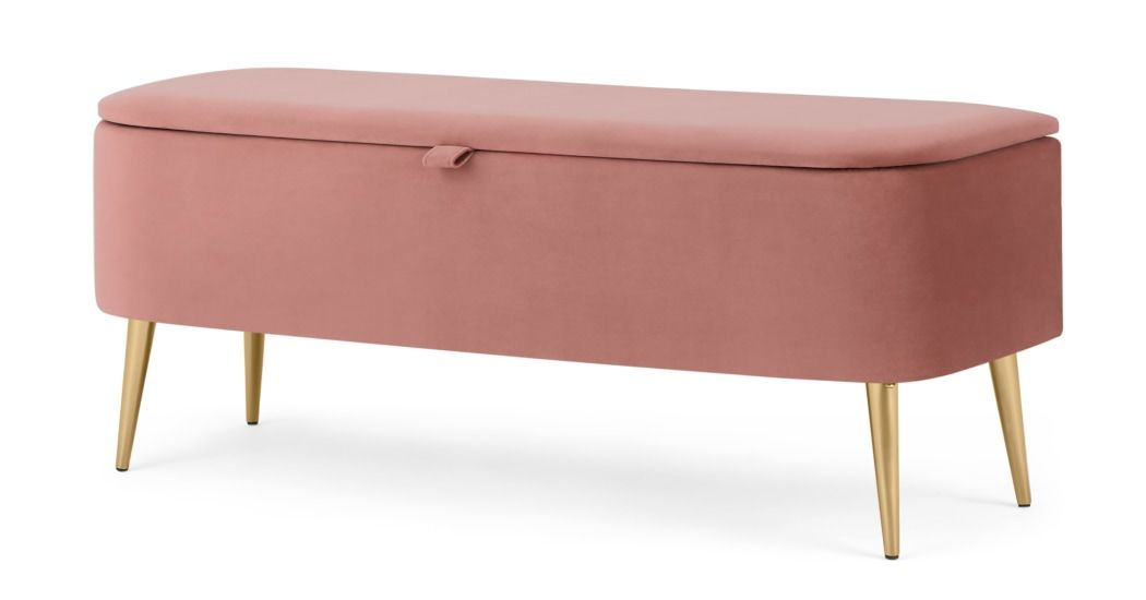 Bed In Love With Pink Velvet Benches
