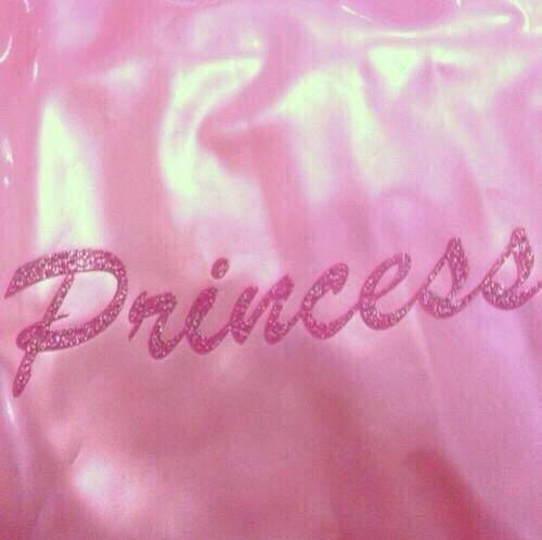 Fond d'écran en couleur fille ado | Esthétique rose, Princesse rose et Fond écran fille