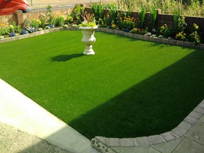 Synthetic Lawn The New Replacement To Natural Turf Artificial Grass Installation Artificial Grass Synthetic Lawn