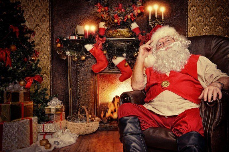 Babbo Natale Casa.Casa Di Babbo Natale L Originale Sta In Lapponia Ecco Le Succursali Babbo Natale Natale Bambini Di Natale