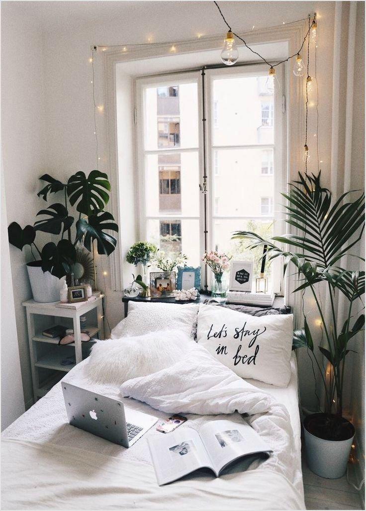 42 Stunning Aesthetic Room Accessories Ideas Ide Kamar Tidur
