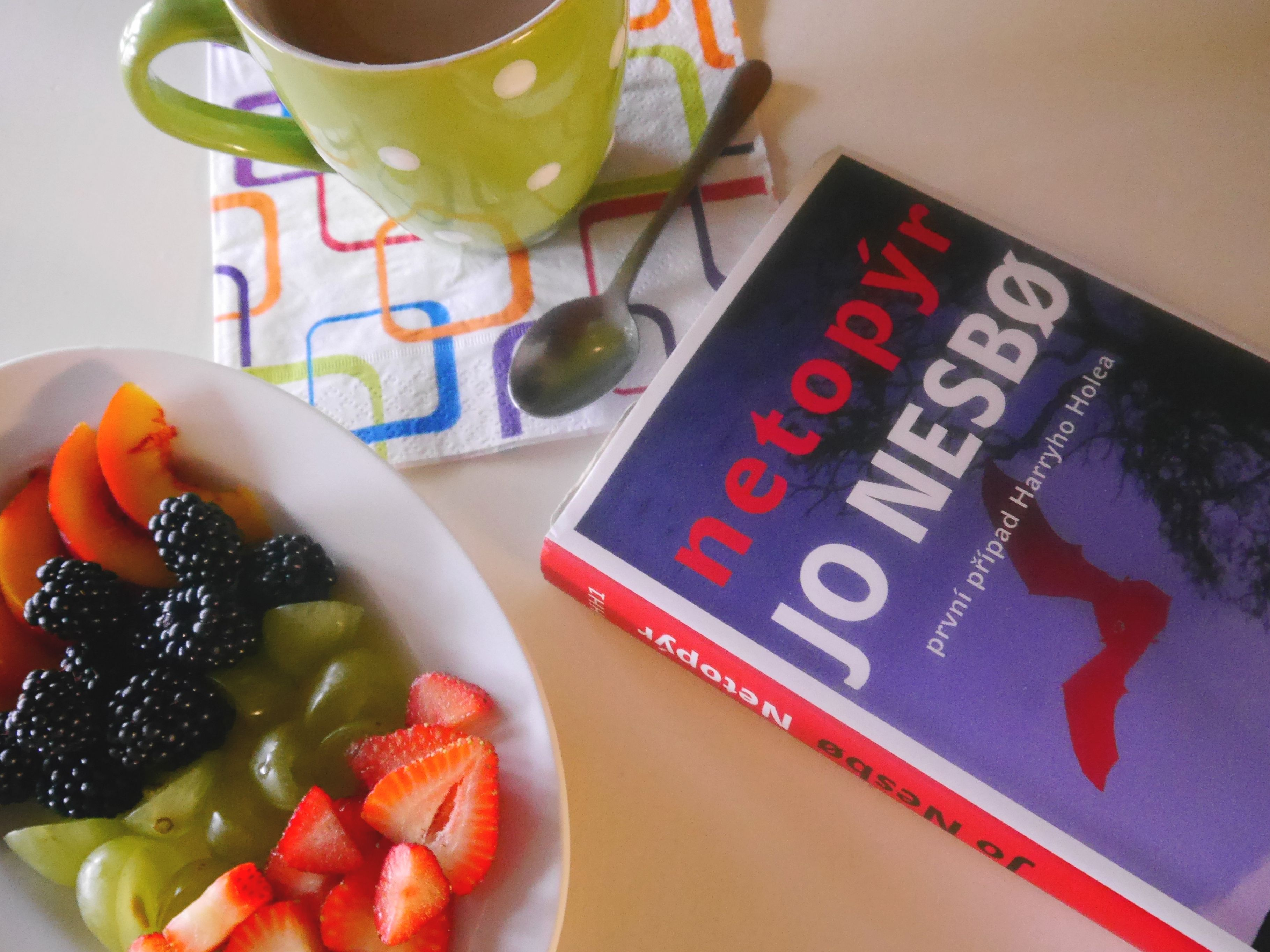 Jo Nesbo, coffee and fresh fruit!