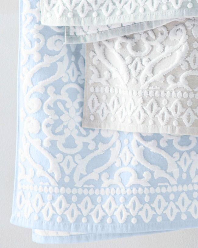 15 Compelling Contemporary Exterior Designs Of Luxury Homes You Ll Love: Sculpted Damask Towels (Görüntüler Ile)