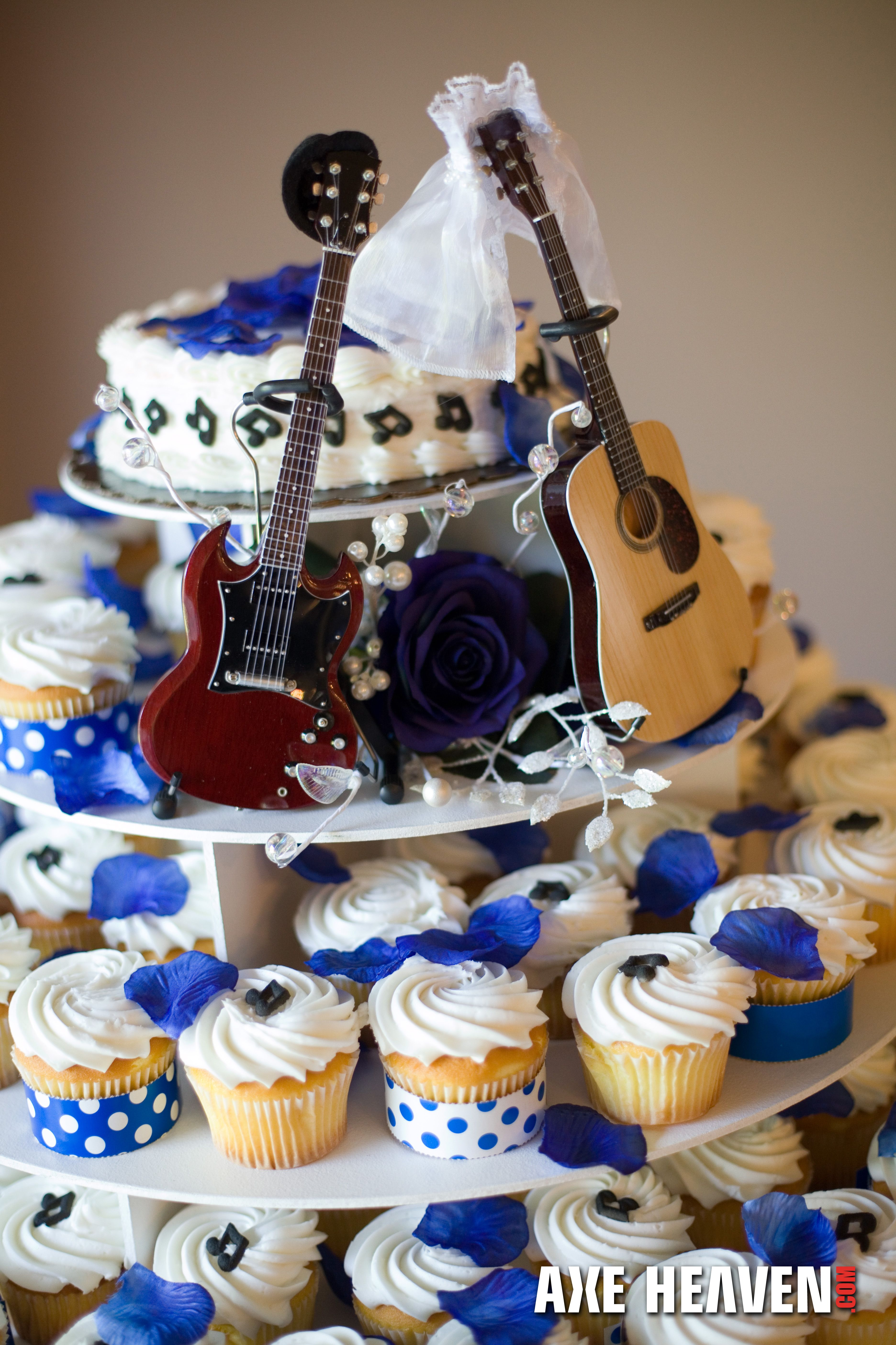 Jen Cass Had The Coolest Wedding Cake Ever Rock Star Mini Guitar Toppers