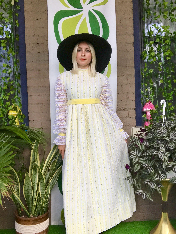 1970s Boho Lace Maxi Dress Sheer Balloon Sleeves High Mock Neck Vintage 70s Retr Boho Lace Maxi Dress Yellow Bridesmaid Dresses Empire Waist Bridesmaid Dresses [ 3000 x 2254 Pixel ]